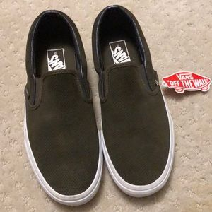 Vans army green size 8.5